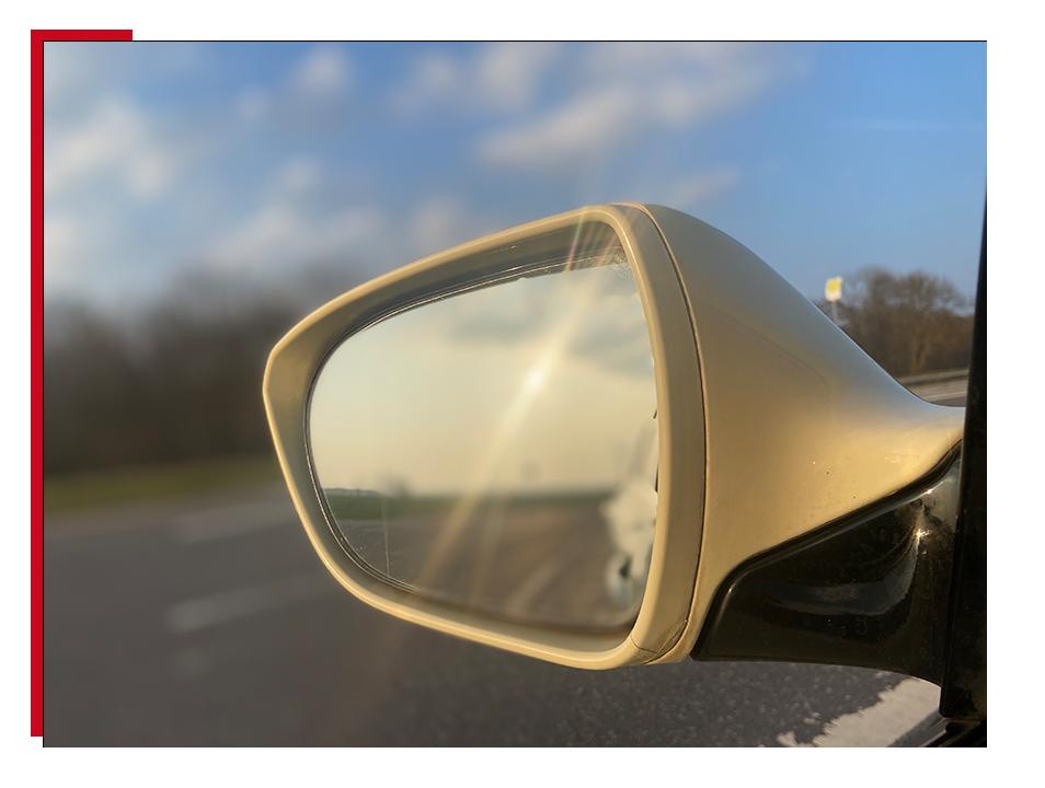 Taxi Rückspiegel
